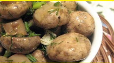 Очень быстрый рецепт маринованных шампиньонов: уже через 6 часов грибочки готовы!