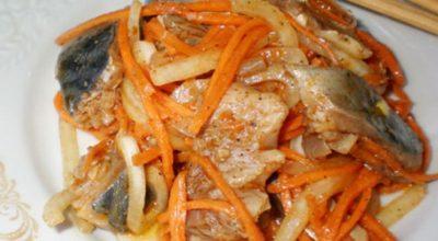 Вкуснейший рыбный салатик с нежной кислинкой!