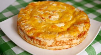 Быстрый и сочный пирог с мясом, для которого не нужно тесто