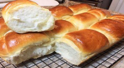 Из этого дрожжевого теста сдобные булочки получаются нежными и мягкими как пух