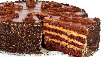 Очень шоколадный торт. Перед ним не устоит ни один сладкоежка