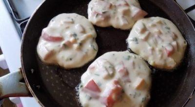 Завтрак-фурор: обычные оладьи со вкусом пиццы