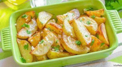 Обалденный картофель в духовке по-гречески: Так вкусно, что не нужны ни мясо, ни салат